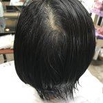 頭の骨格に合わせてカットするから、簡単に髪がまとまるのです。