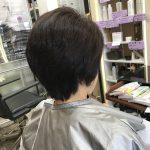 ゆるやかだけど強いうねりのあるクセ毛をショートヘアでお手入れ簡単に❣️