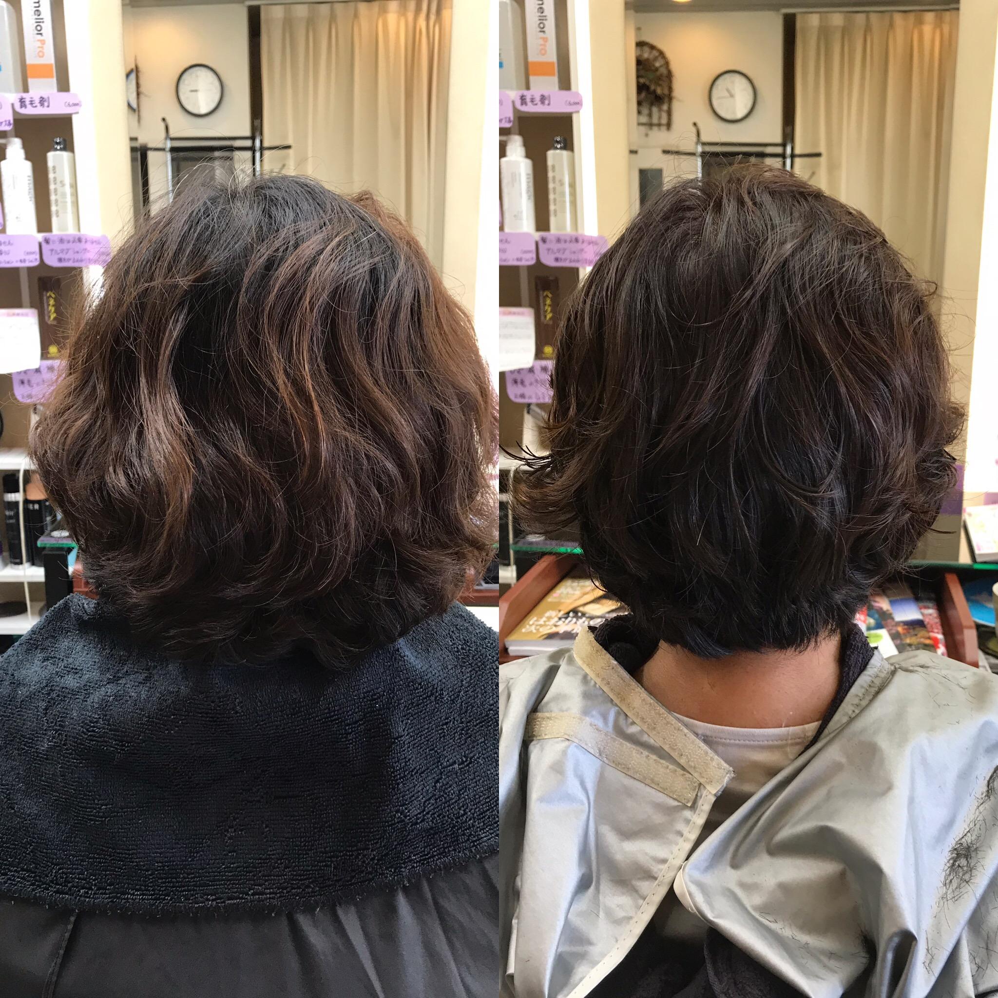 若い頃は直毛でパーマがかかりにくい髪質、現在はくせ毛でパーマがかかりやすい髪質。