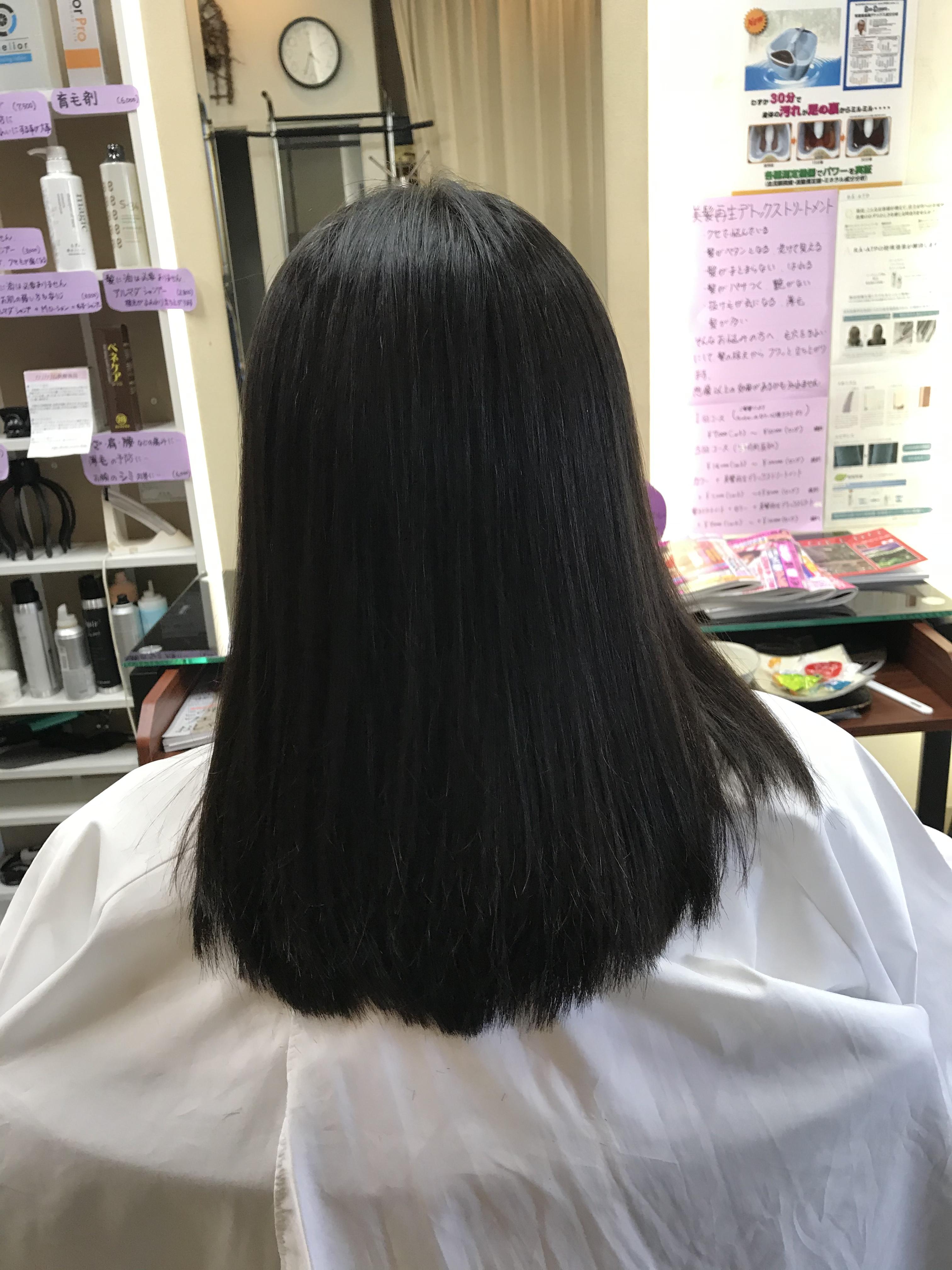 髪の悩みは『頭が重くて硬いんです』
