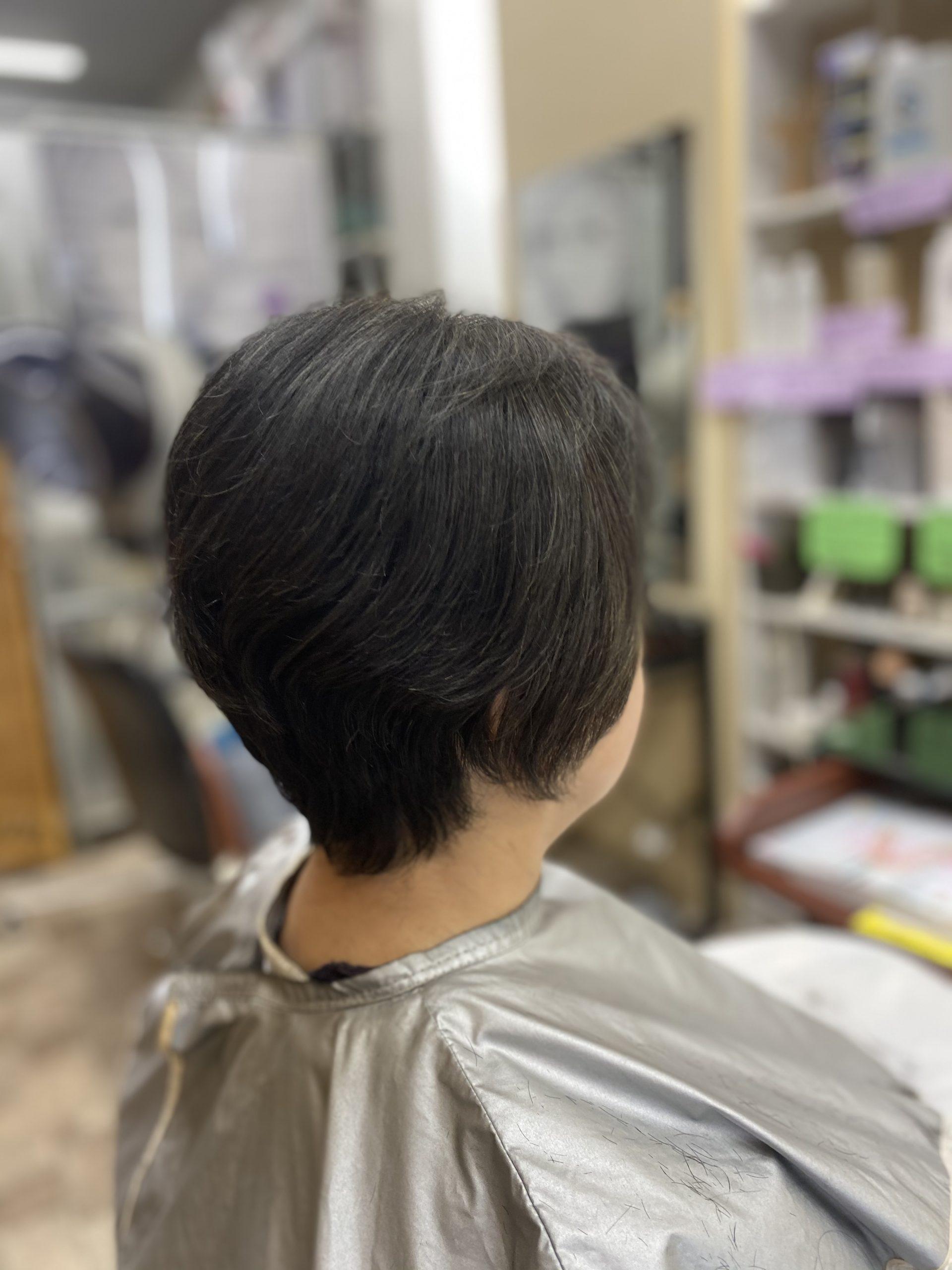 くせ毛であろうとも、カットだけで形にする